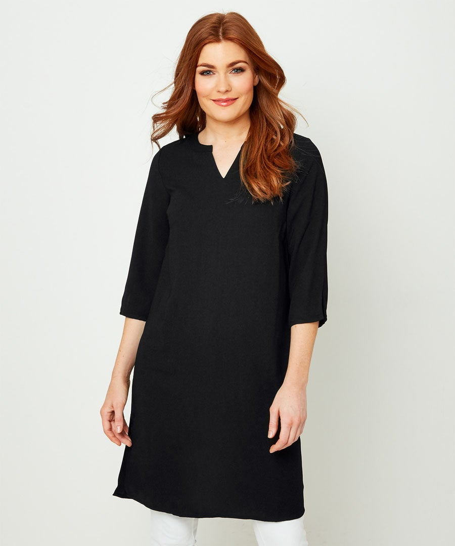 Capsule Collection Shift Tunic Model Front