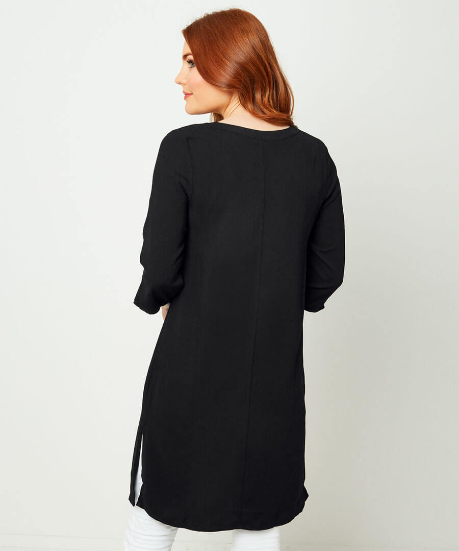 Capsule Collection Shift Tunic Model Back
