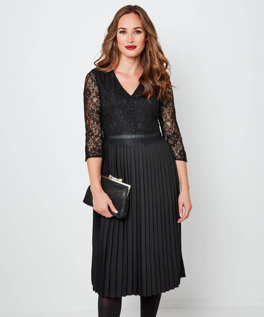 Exceptional Lace Pleated Dress Model Front
