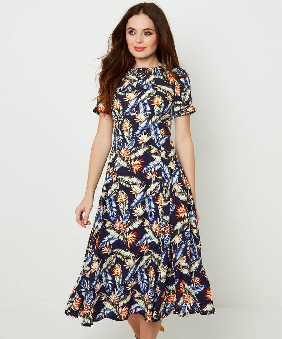 Fabulous Vintage Collar Dress Model Front