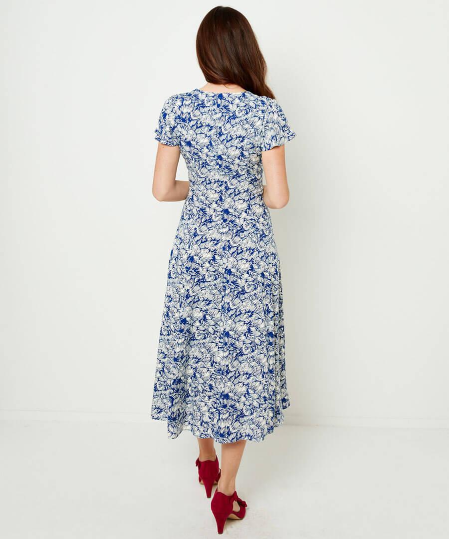 Elegant Summer Dress Model Back