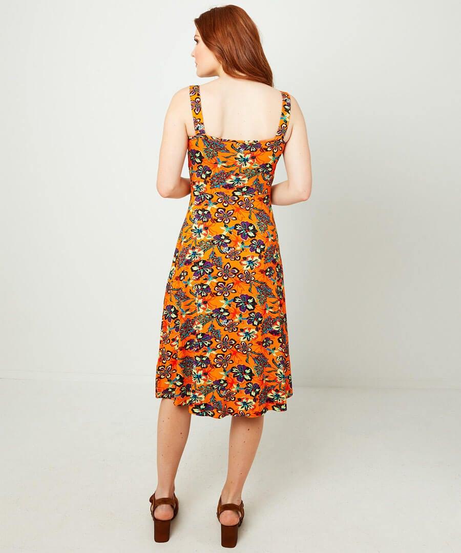 Fun And Free Dress Model Back