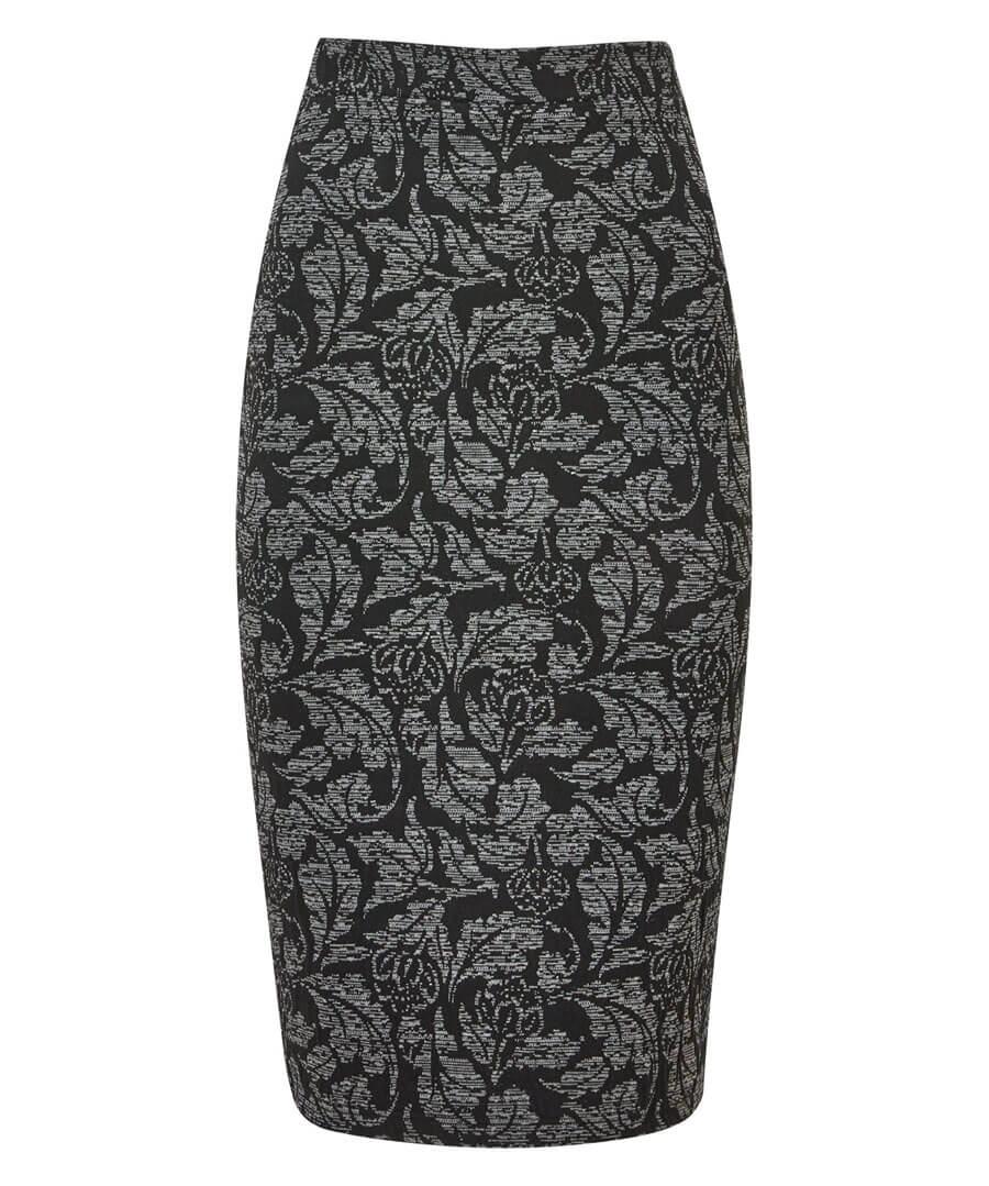 Jacquard Skirt Model Front