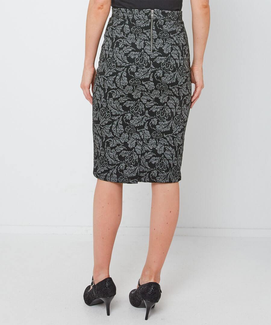Jacquard Skirt Model Back