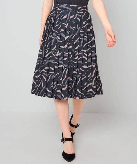 Animal Pleated Skirt