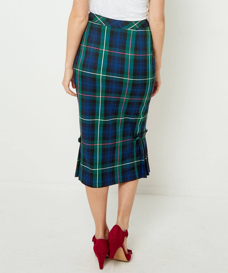 Vintage Check Skirt Model Back