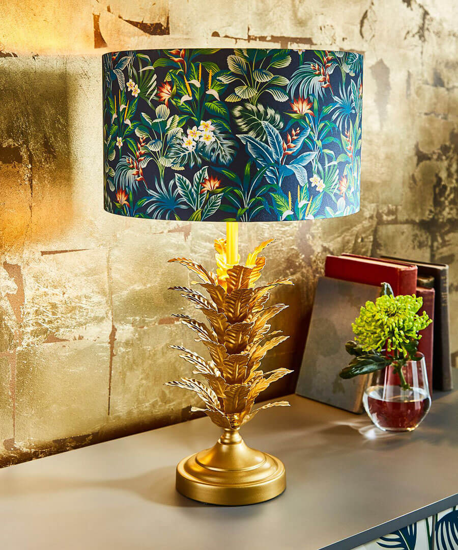 Exotic Leaf Table Lamp