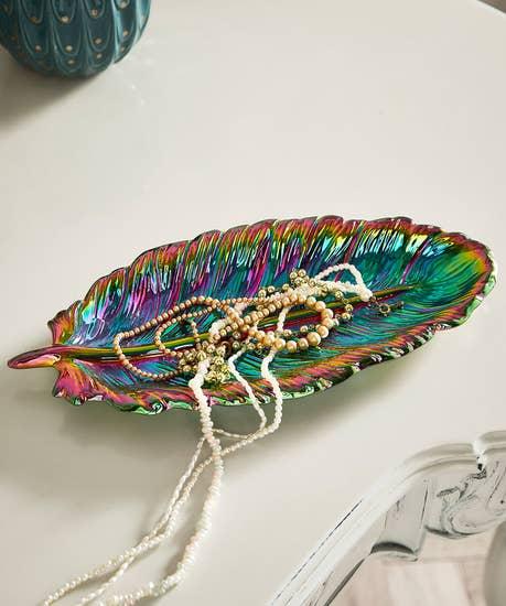 Fabulous Feather Dish