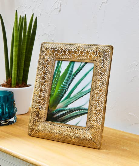 Gold Cut Out Picture Frame