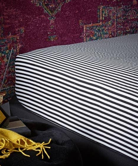 Brilliant Printed Striped Bedding