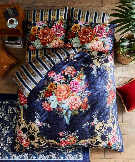 Bold Floral Border Duvet Set
