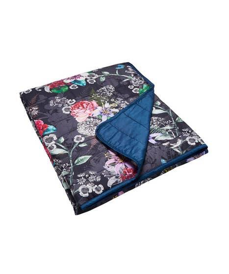 Flowerful Bedspread
