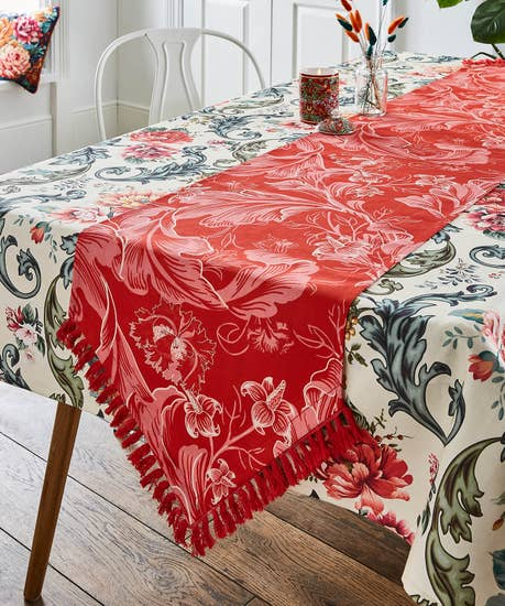 Beautiful Baroque Floral Table Runner