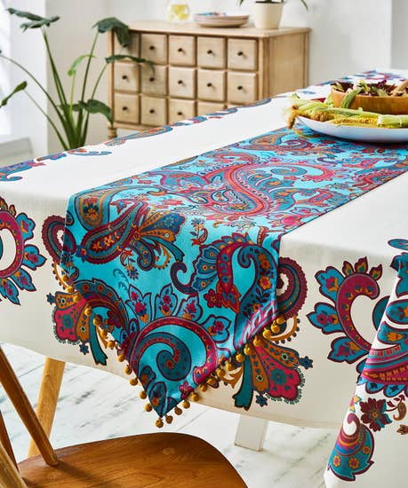 Perfect Paisley Table Runner