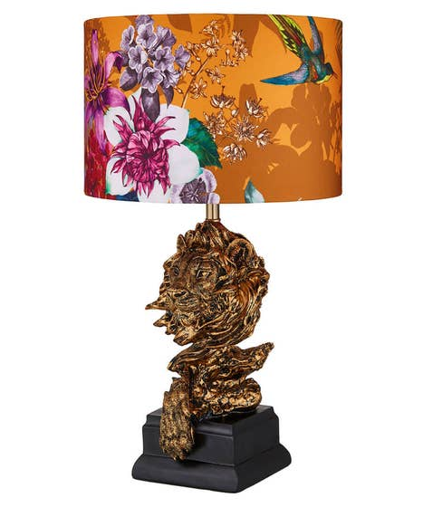 History Clash Lion Table Lamp