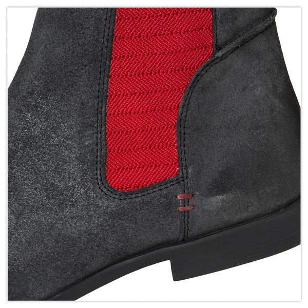 Party anthem Chelsea Boots
