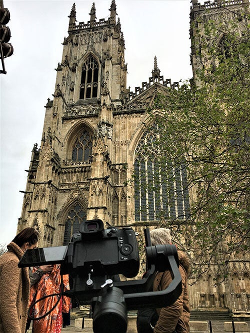 York Minster Abby - Behind The Scenes With Joe Browns