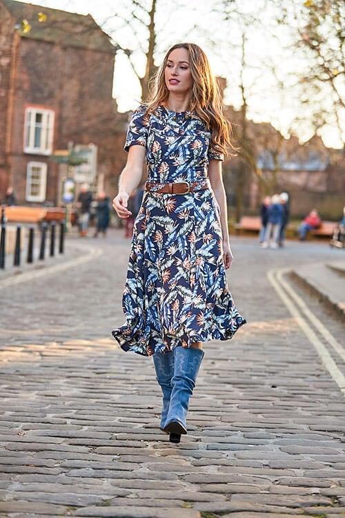 Fabulous Vintage Collar Dress