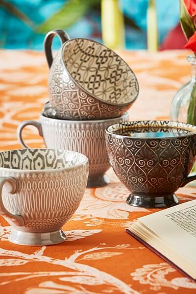 Set of 4 Design Teacups